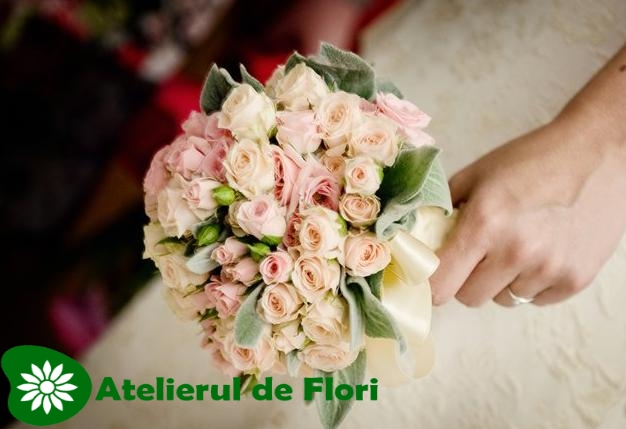 Buchet Trandafiri Roz Atelierul De Flori Timisoara
