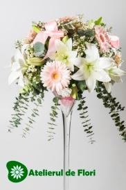 aranjament floral nunta alb roz