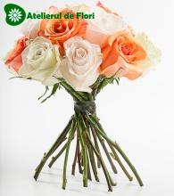 Buchet spirala trandafiri
