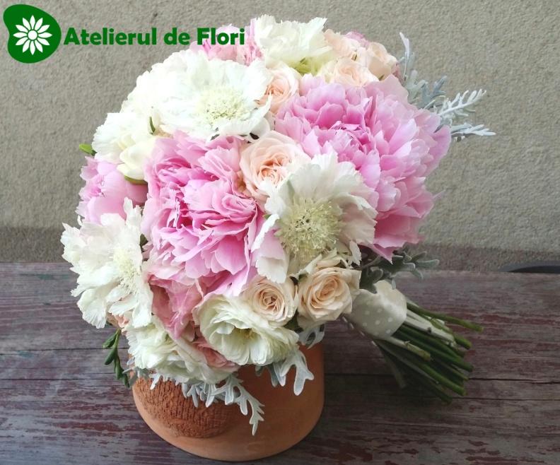 Buchet De Mireasa Alb Roz Atelierul De Flori Timisoara