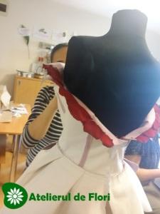 cum se face rochie din petale