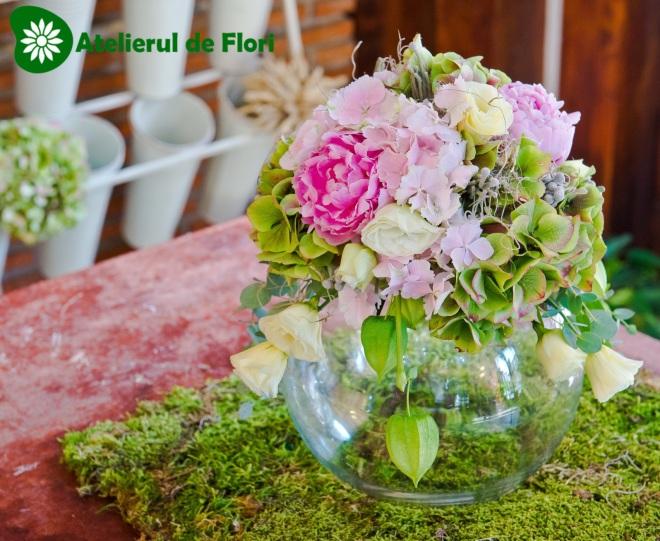 Aranjament floral nunta hortensie cu bujori